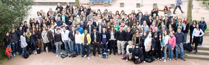 Der Abijahrgang Abi 08 der Berthold-Brecht-Schule (BBS) in Darmstadt